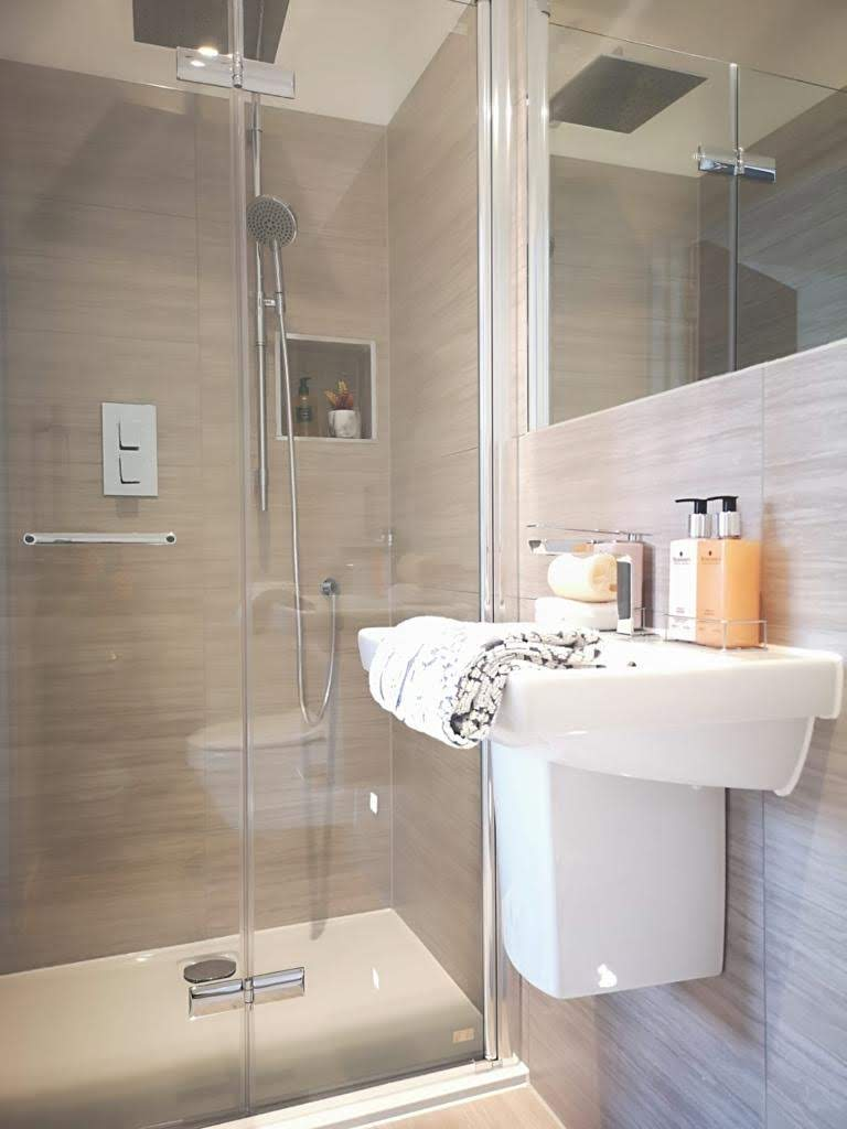 ONE62 bathroom, a residential development comprising six spacious apartments in Hythe.